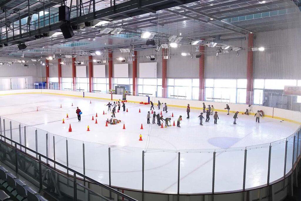 Complexe gliss o patinoires fitness piscines cholet maine et loire - Piscine du petit port horaires ...