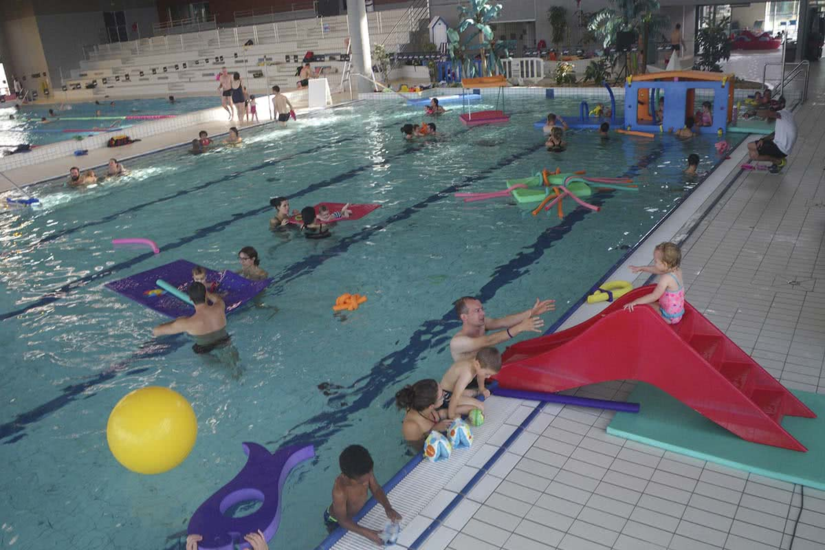 Piscines horaires tarifs activit s animations gliss o for Prix piscine 5 x 10